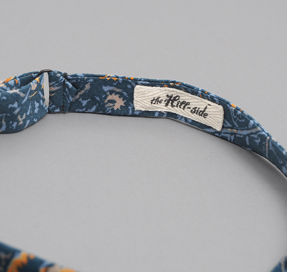 COTTON/LINEN VICTORIAN IVY PRINT BOW TIE, TEAL