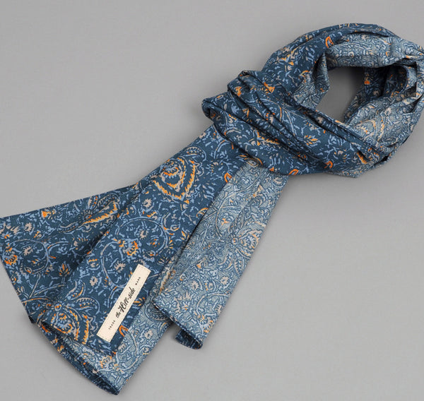 The Hill-Side COTTON/LINEN VICTORIAN IVY PRINT LARGE SCARF, TEAL