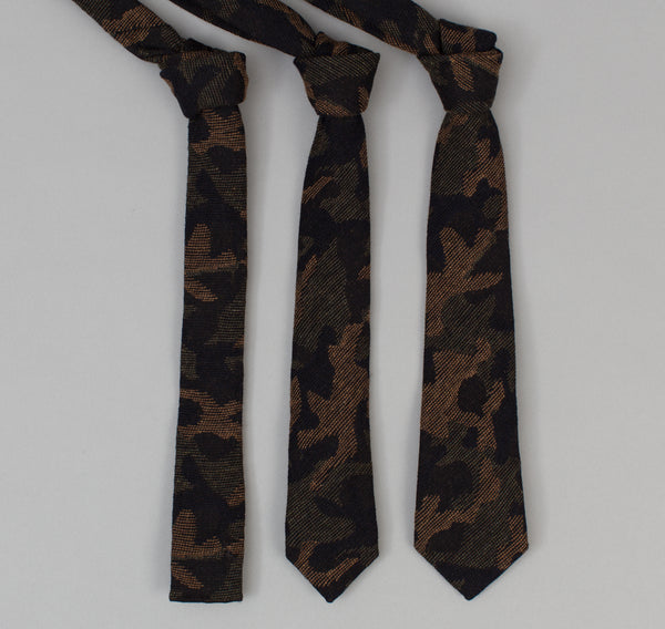 The Hill-Side - Cotton / Wool Jacquard Camo Necktie, Olive - ST1-306 - image 2