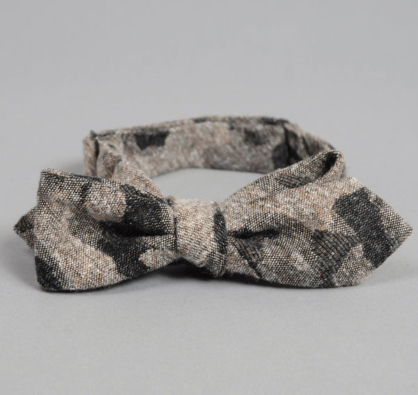 The Hill-Side - Jacquard Woven Fuzzy Nordic Camouflage Bow Tie, Grey - BTN-142 - image 2