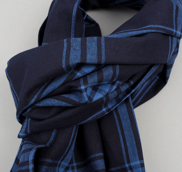The Hill-Side - Large Check Oxford Large Scarf, Indigo - SC1-255 - image 2