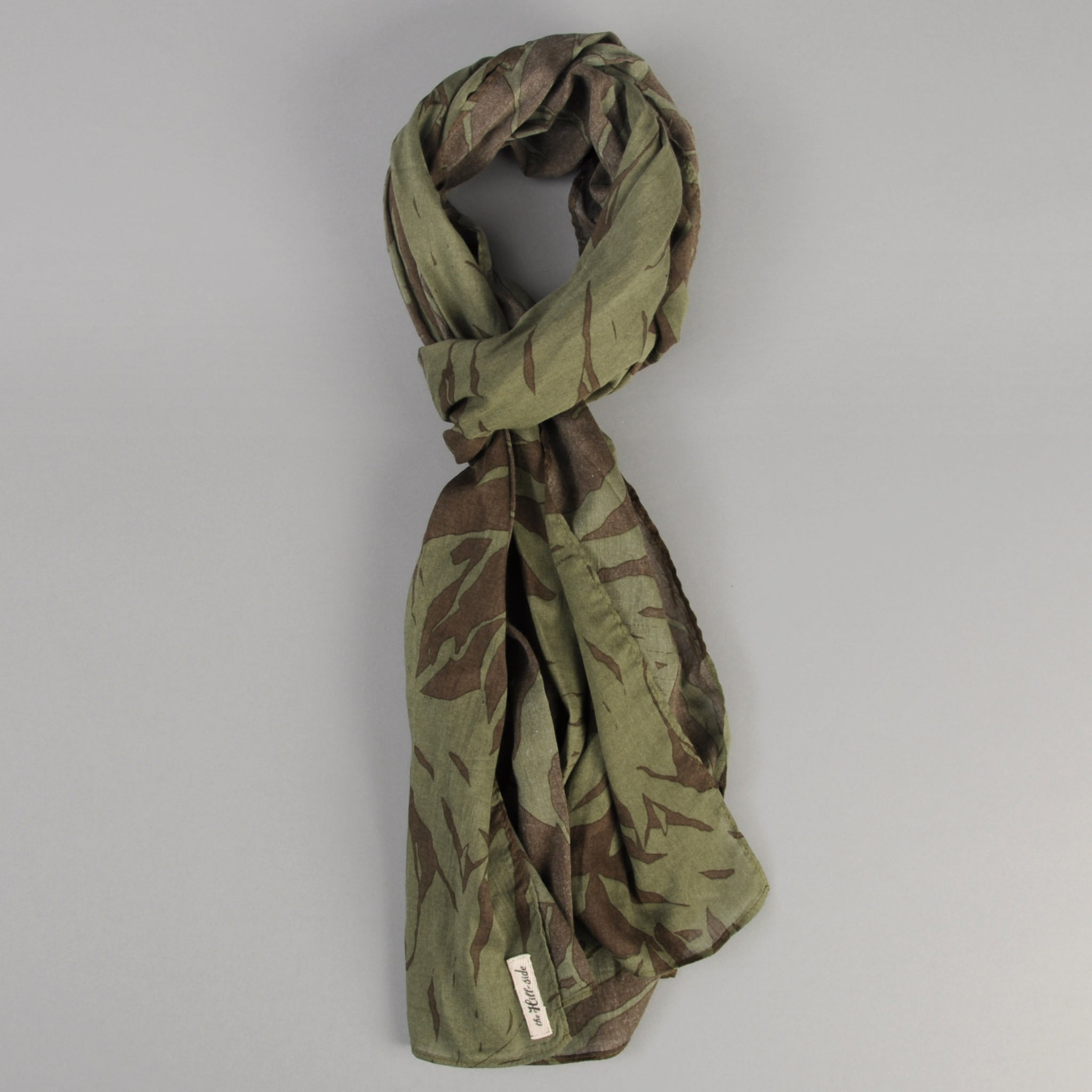 The Hill-Side Ultralight Palm Leaves Scarf, Olive