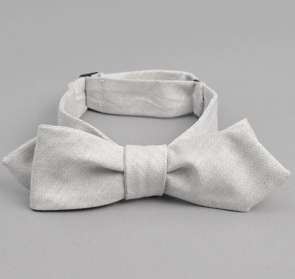 The Hill-Side Variegated Warp Oxford Bow Tie, Light Grey