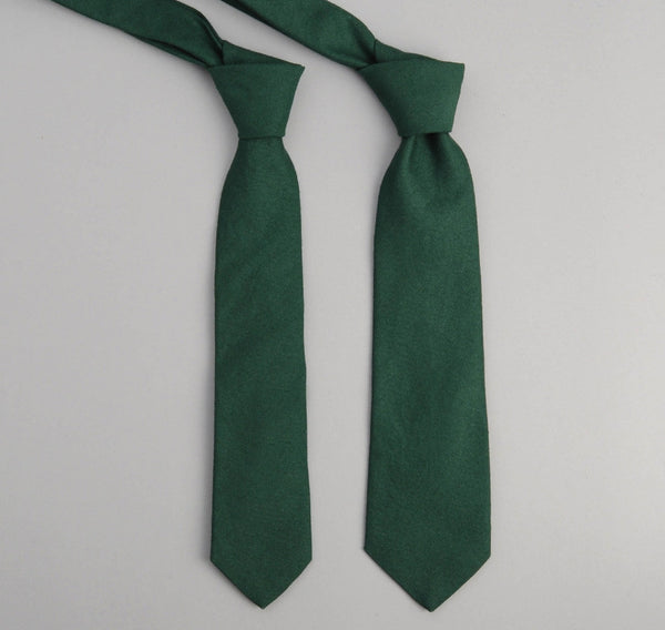 The Hill-Side 228 - Overdyed Soft Oxford Necktie, Hunter Green