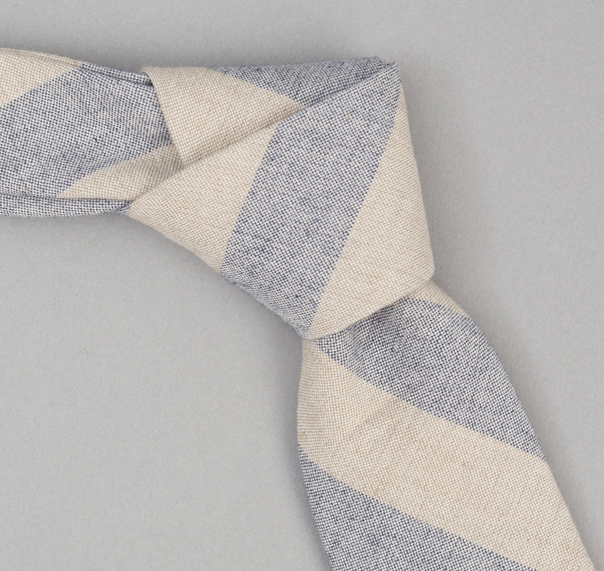 The Hill-Side - 357 - TH-S Mills Natural Warp Border Stripe Necktie, Navy / Khaki Awning - PT1-357