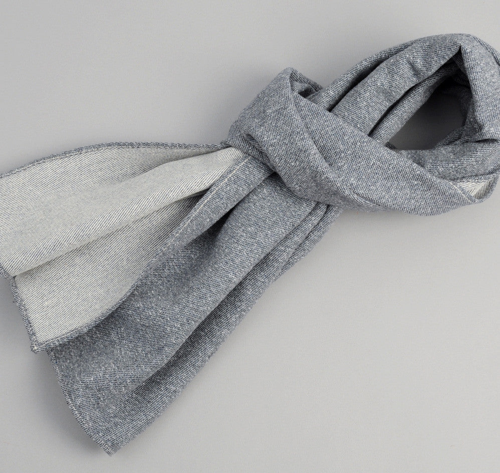 The Hill-Side Cotton Blend Blanket Twill Scarf, Navy