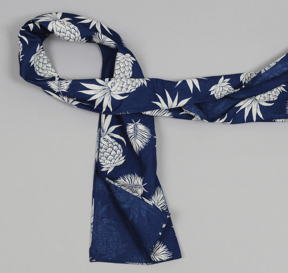 The Hill-Side - Pineapples Discharge Print Small Scarf, Indigo / White - N56-134