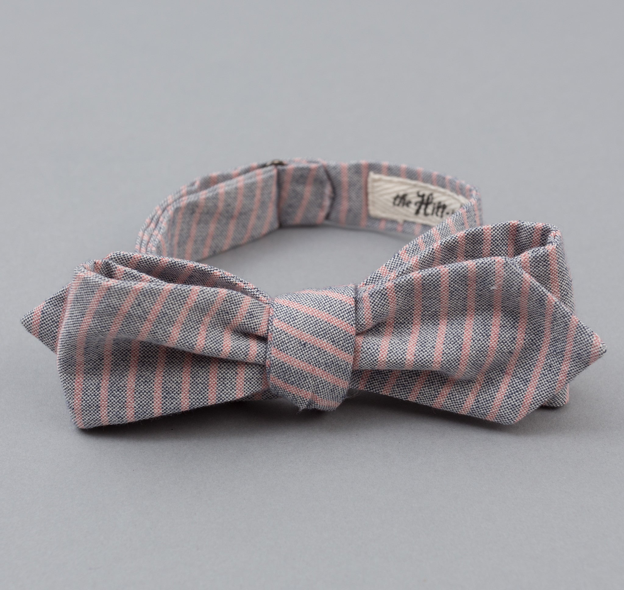 The Hill-Side - TH-S Mills Natural Warp Border Stripe Bow Tie, Navy / Coral Pencil - BT1-353