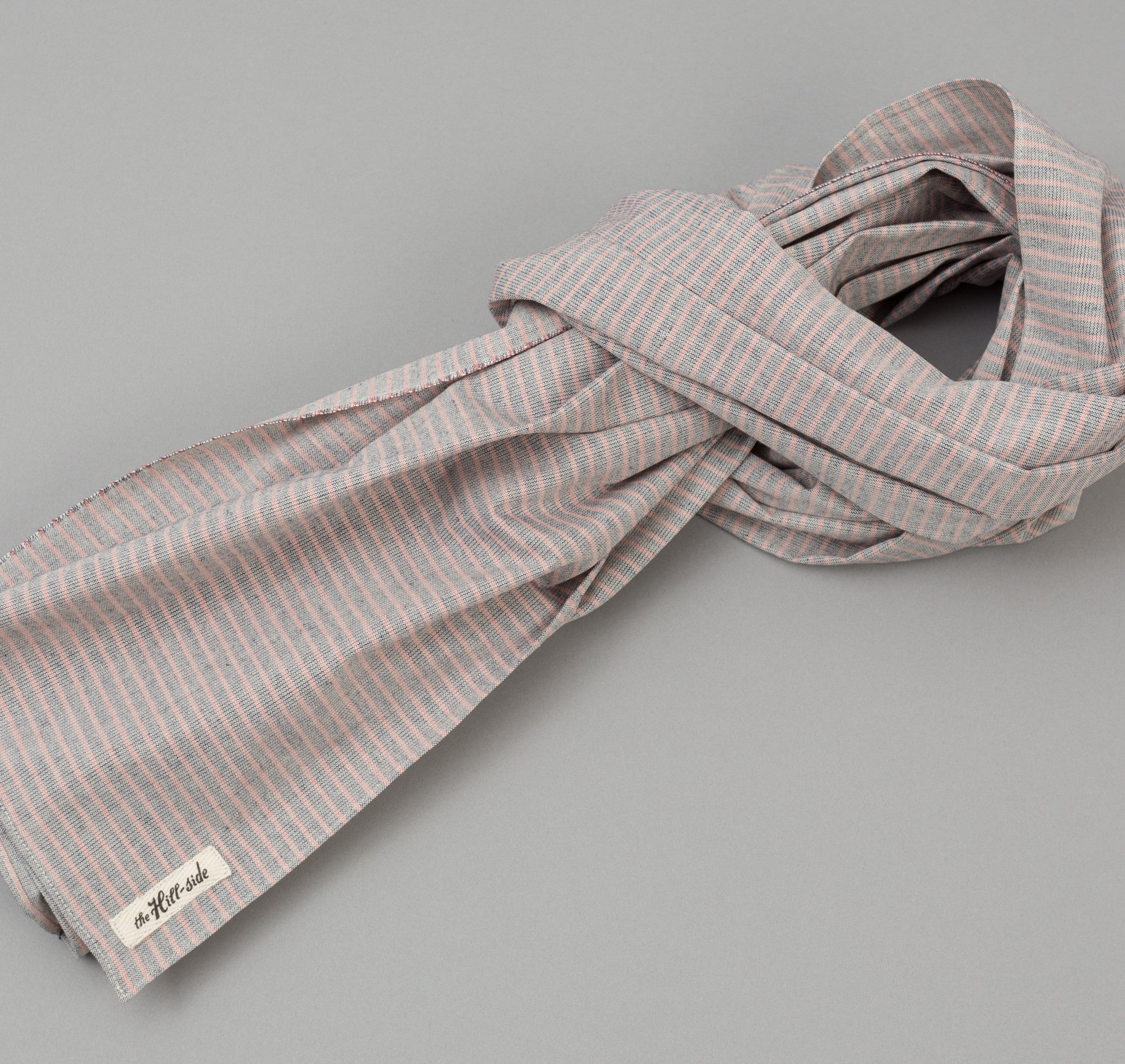 The Hill-Side TH-S Mills Natural Warp Border Stripe Scarf, Navy / Coral Pencil