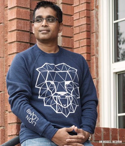 Lion & Lamb – Unisex Fleece Sweatshirt