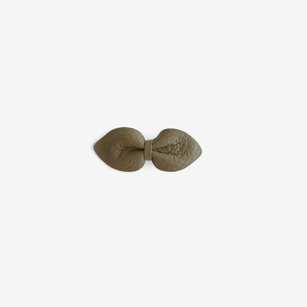 Brooke Leather Bow Clip - Cadet