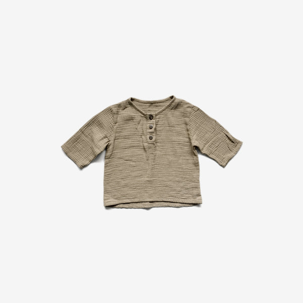The Crinkle Cotton Henley Top - Sand