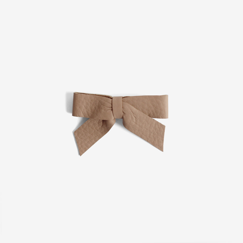 Anne Leather Bow Clip - Hazelnut