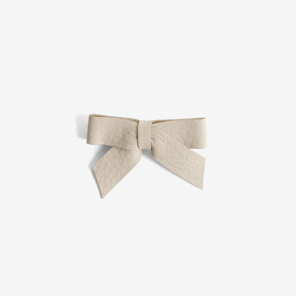 Anne Leather Bow Clip - Linen