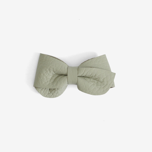 Emmie Leather Bow Clip - Fresh