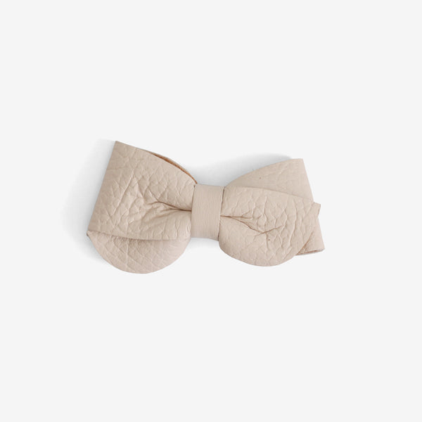 Emmie Leather Bow Clip - Salt