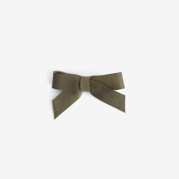 Anne Leather Bow Clip - Agave