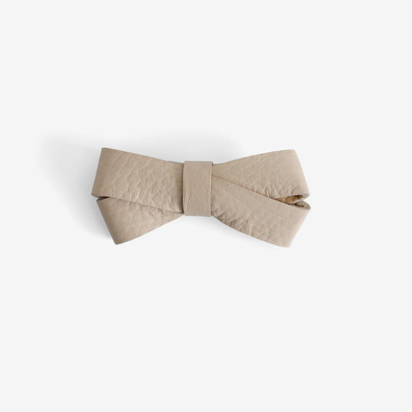 Kylie Leather Bow Clip - Sand