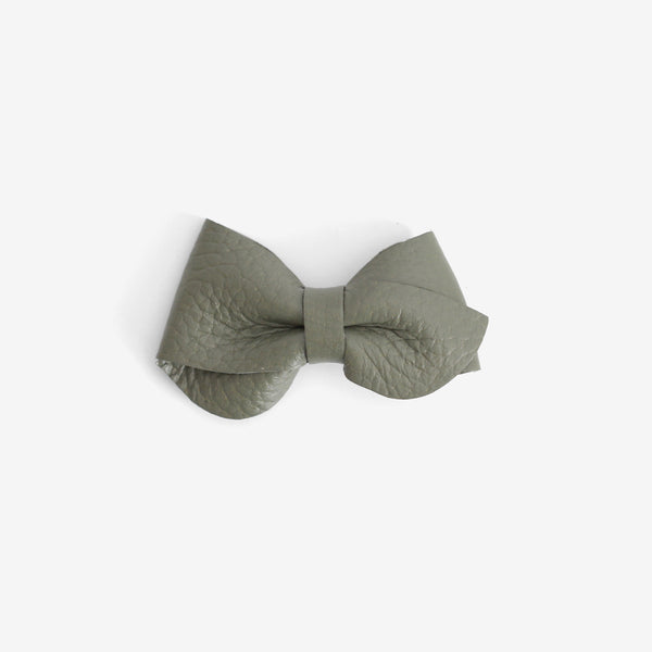 Emmie Leather Bow Clip - Moss