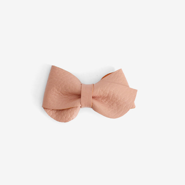 Emmie Leather Bow Clip - Salmon