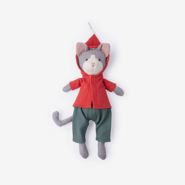 Gracie Cat in Elf Jacket