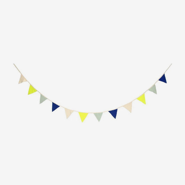 Knitted Bunting Garland - Blue
