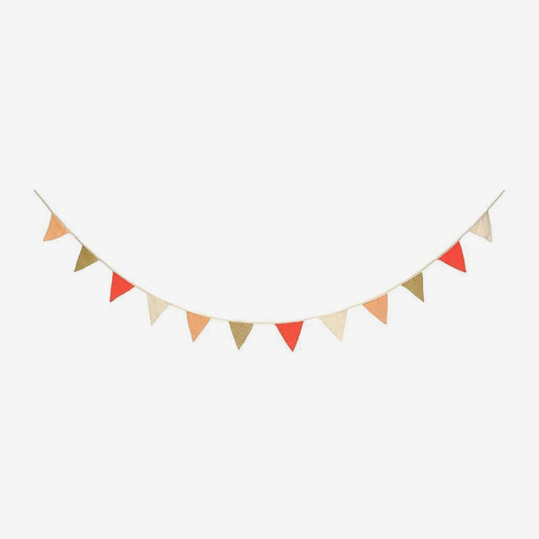 Knitted Bunting Garland - Coral