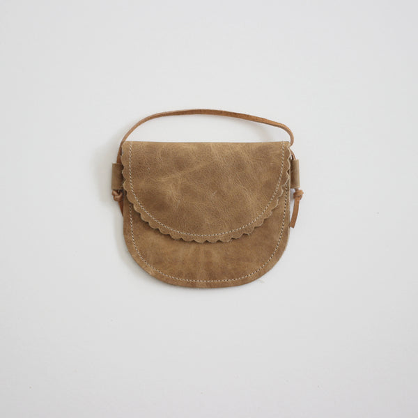 Scallop Edge Little Leather Purse - Camel