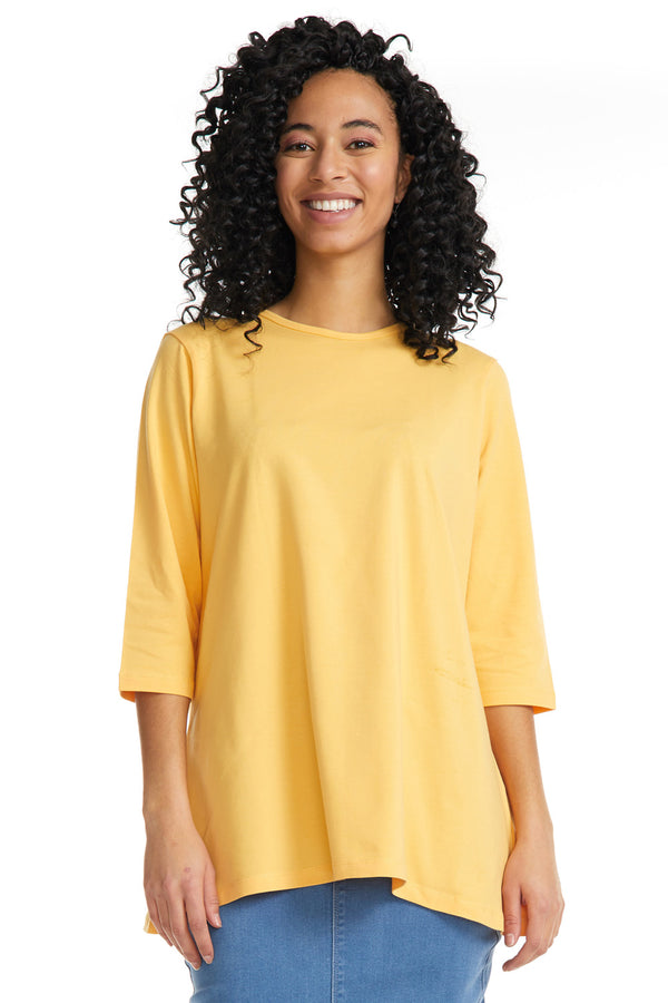 Esteez Loose Tee 2.0 - Women's 3/4 Sleeve - Loose Fitting T-Shirt - MANGO