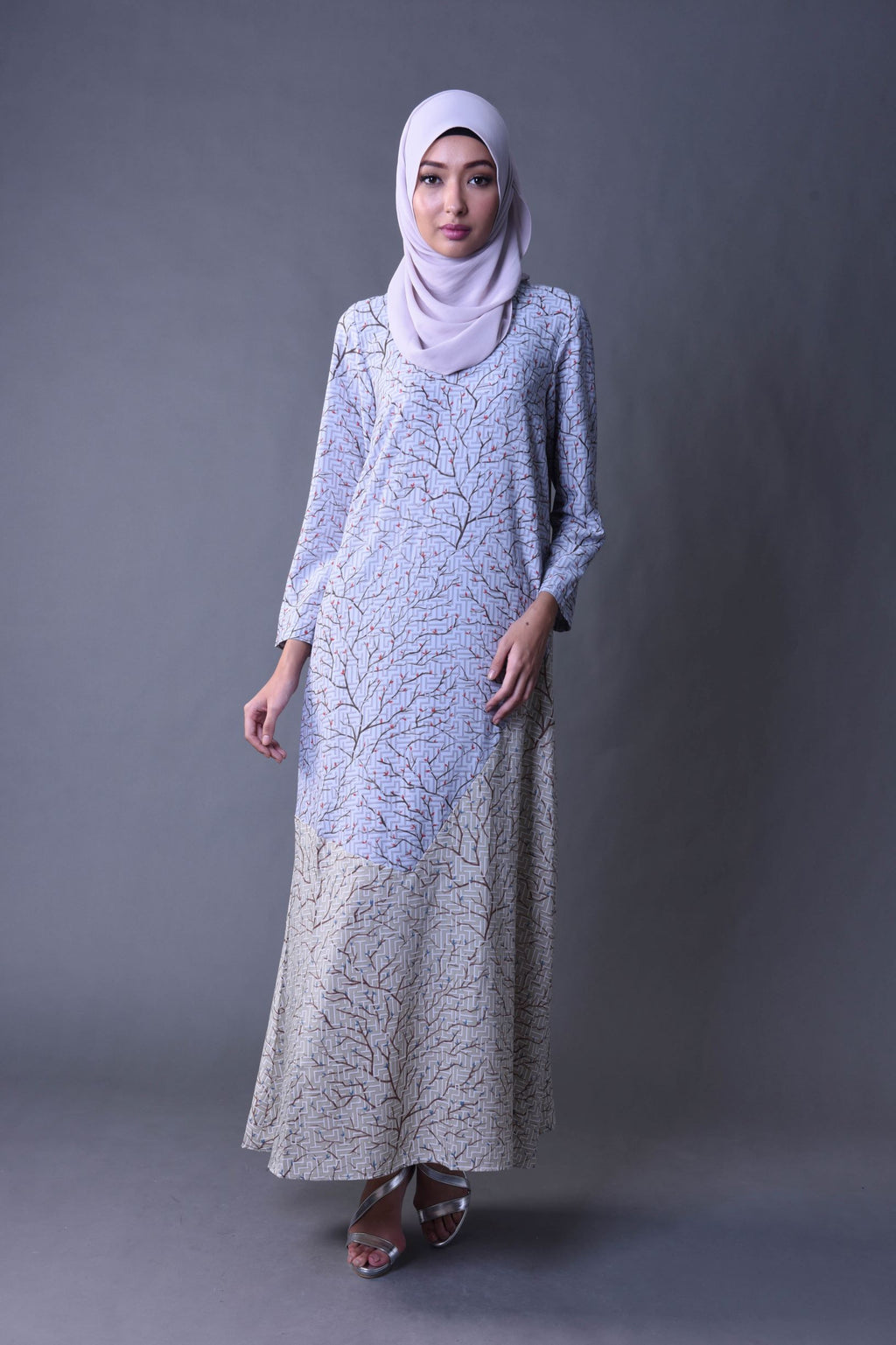 KISA DRESS IN LIGHT GREY
