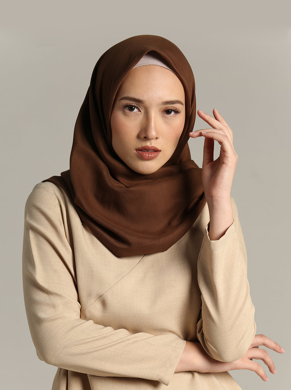 NUVOILE SCARF PLAIN CHOCO BEIGE