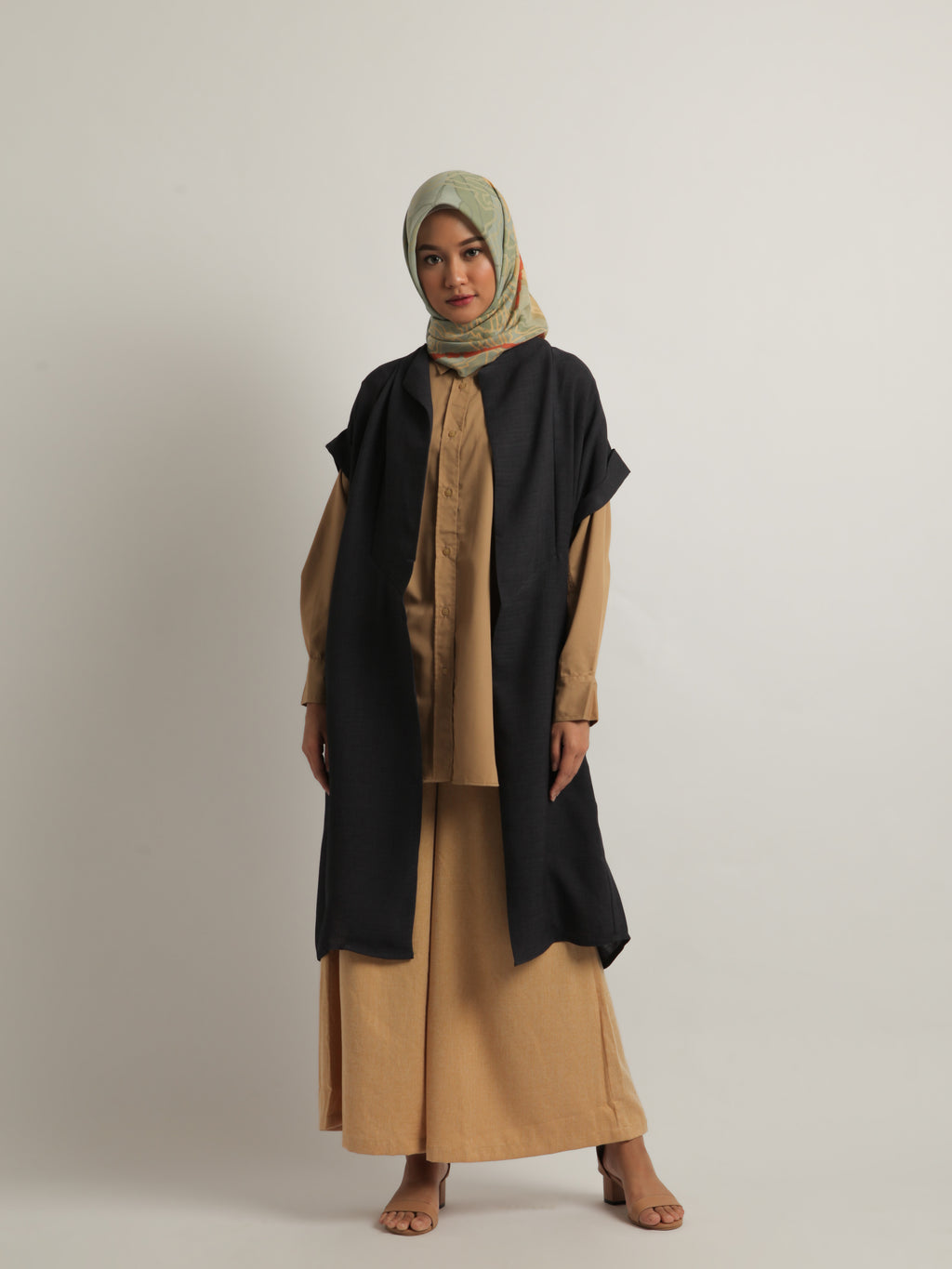 SYERA OUTER PLAIN NAVY