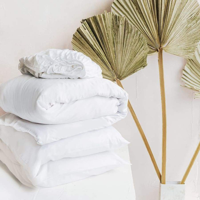 Naked Lab Organic Bamboo Silk Adult Bedding Set - Feather White | Naked Lab | For Mama