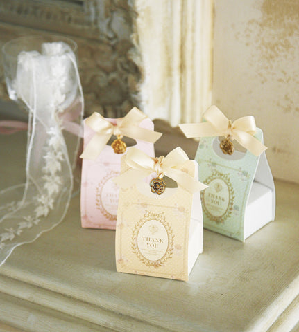 Mignon fleur French Style Favor Box with Cookies (24pcs)