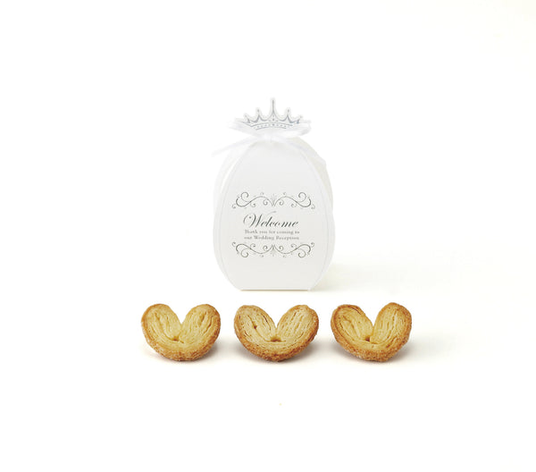 Elegant White Chapel Style Favors Set