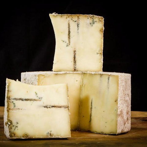 Roelli Dunbarten Blue-Galena River Wine and Cheese