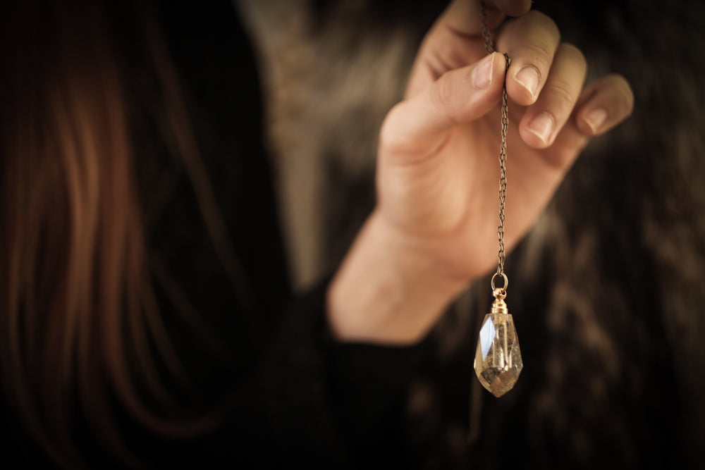 The Faceted Drop Perfume Amulet