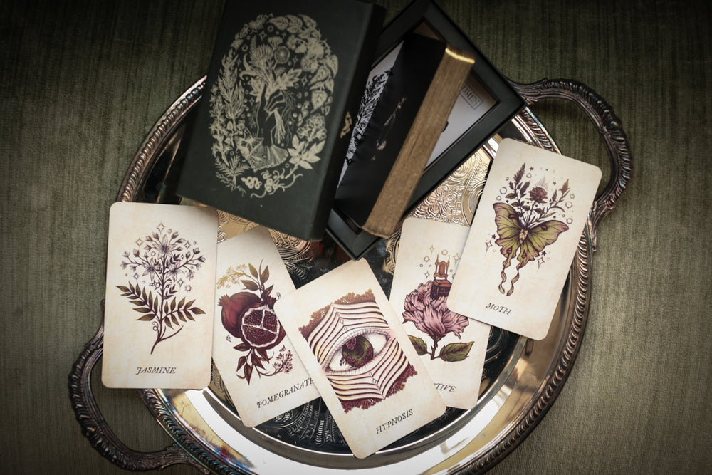 The Botanical Oracle - wholesale 10 decks