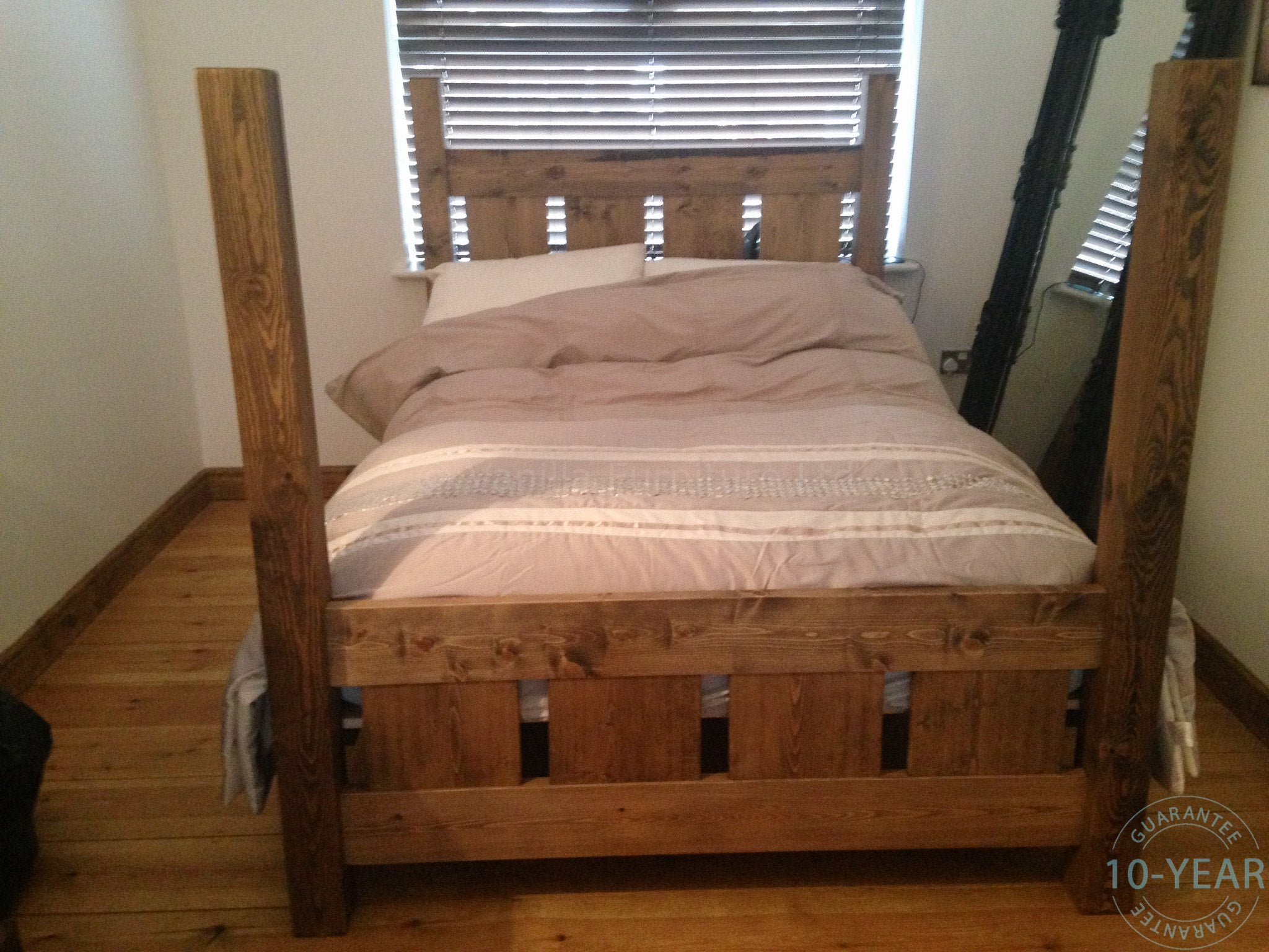 rustic plank 'four poster' bed - vanilla furniture