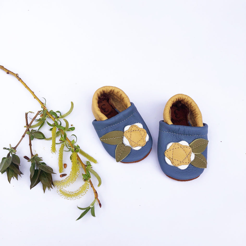 Daisy Flower Leather Shoes Moccs Baby and Toddler