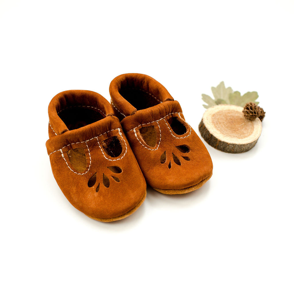 Scotch Nubuck LOTUS T-strap Shoes Baby and Toddler