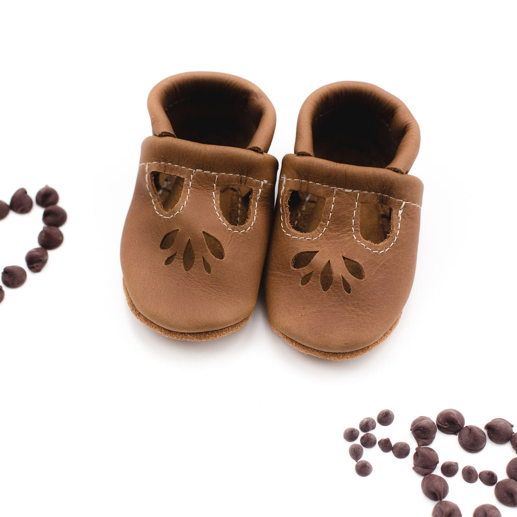 Oak LOTUS T-strap Shoes Baby and Toddler