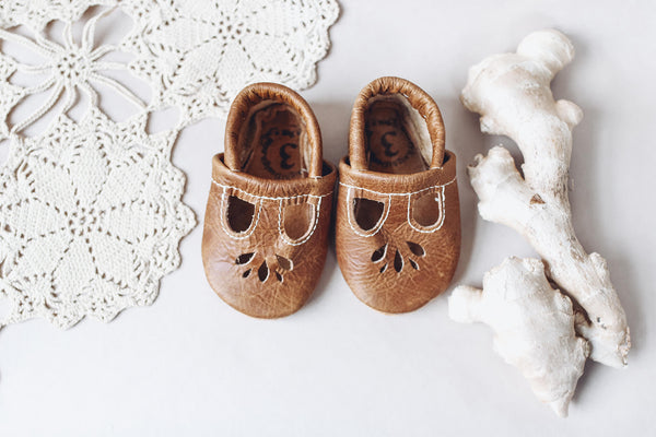 Ginger LOTUS T-strap Shoes Baby and Toddler