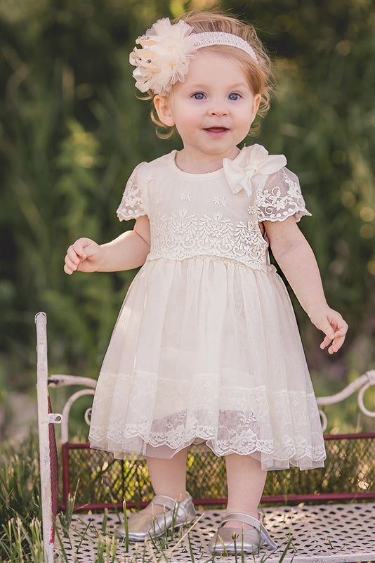 Mae Li Rose White Lace with bow Dress