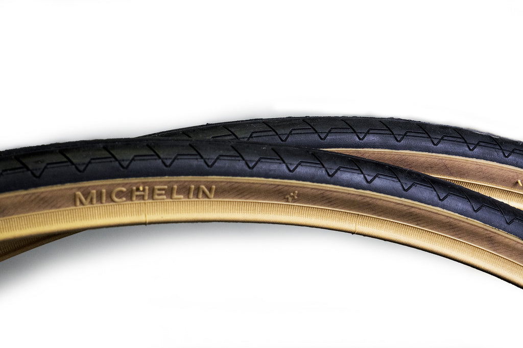 Pair of Michelin Dynamic Classic Gum Wall Tyre - 700c x 25mm