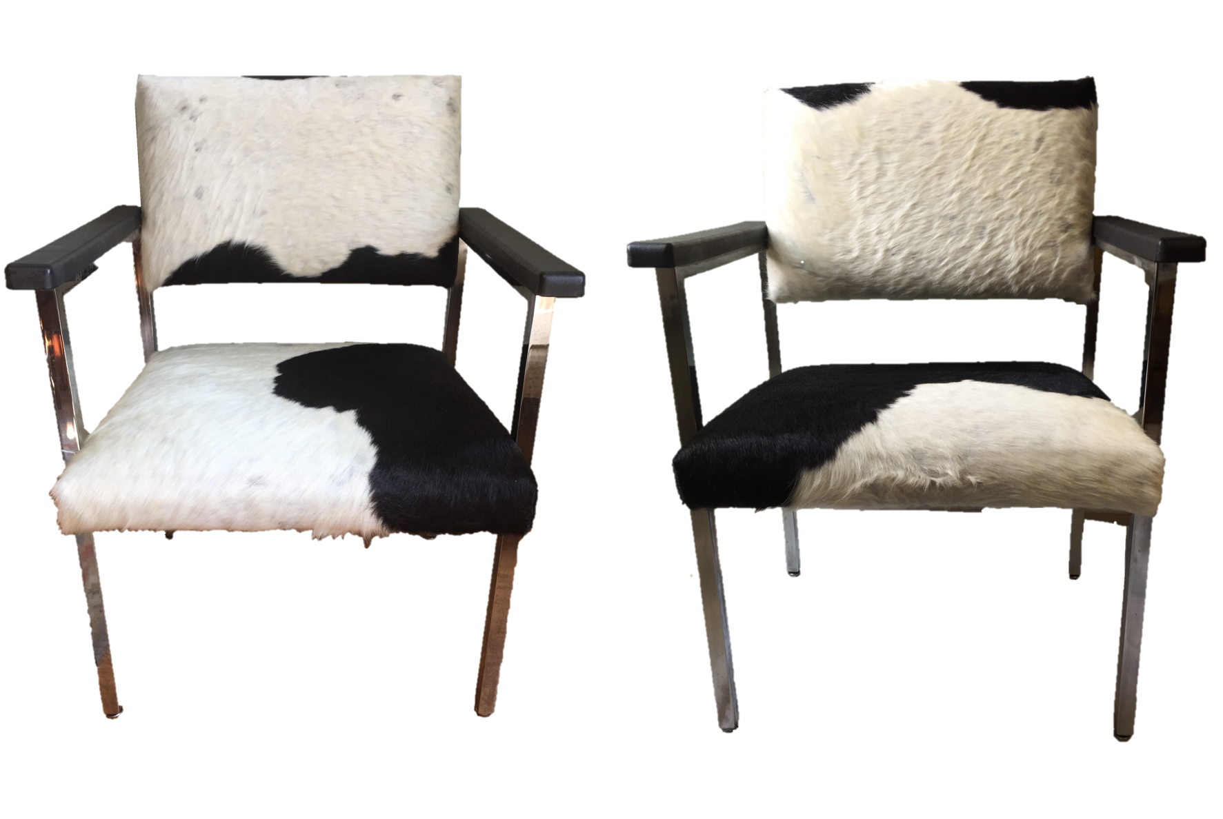 Astounding Pair Of Cowhide Covered Mid Century Modern Chairs Sold Evergreenethics Interior Chair Design Evergreenethicsorg
