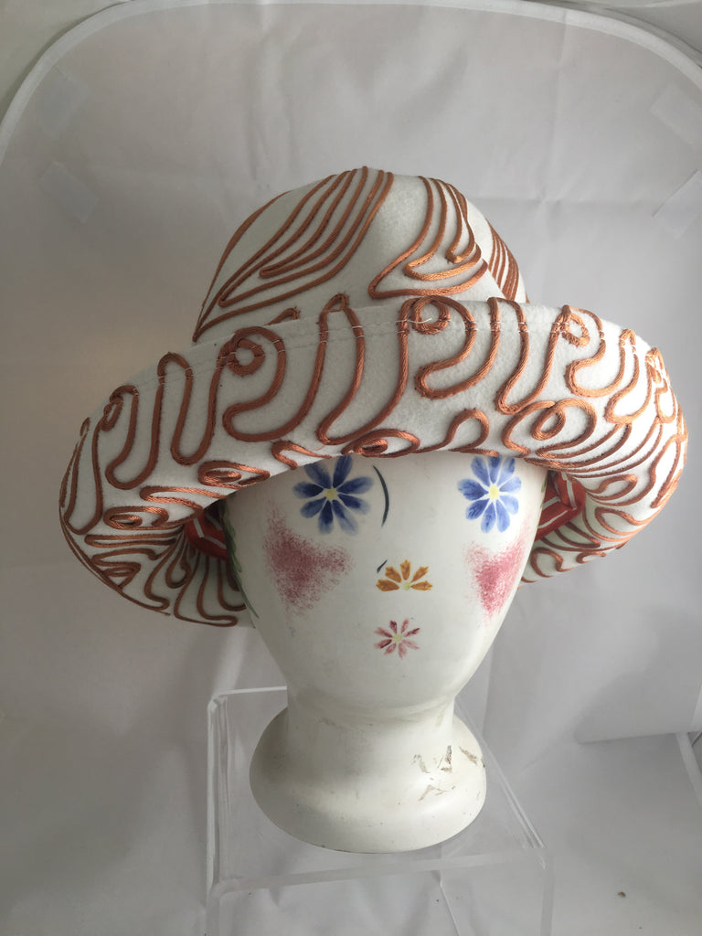 Hat Soutache String Design