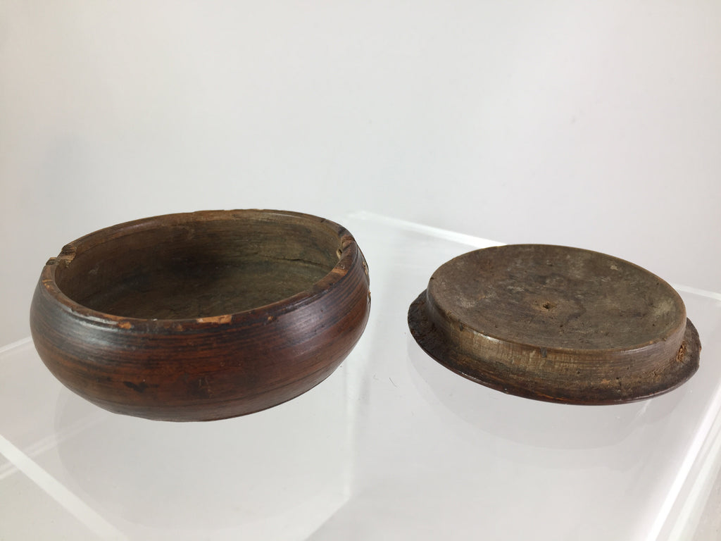 Wooden Hand-Turned Snuff Box c. 1800