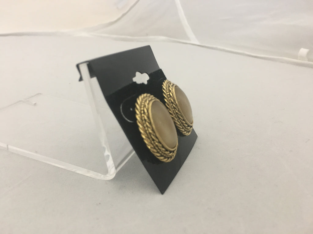 14 Karat Gold Finished Earring and Brooch Set
