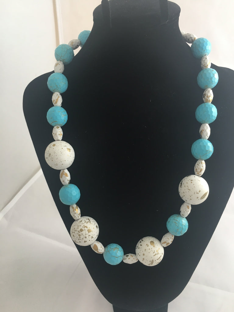 Necklace Matte White, Gold and Turquoise Beaded Necklace